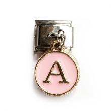 Звено с розовой подвеской с буквой А